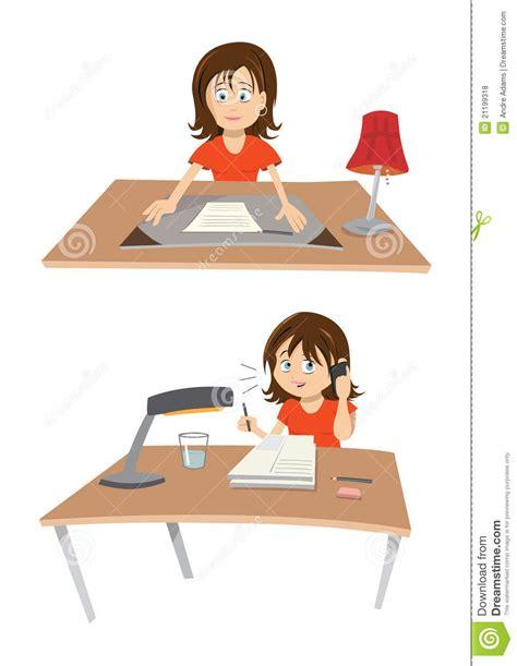 au bureau femme au bureau photos libres de droits image 21199318