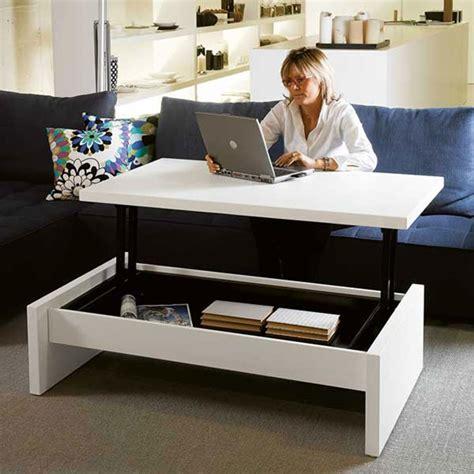 Mesinhas de centro que se transformam em mesa de jantar, cama, mesa de trabalho e muito mais