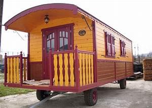 Baugenehmigung Für Gartenhaus : zirkuswagen umgebauter luxus wohnanh nger ~ Whattoseeinmadrid.com Haus und Dekorationen