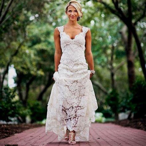 Pretty Floral Lace Rustic Wedding Dresses V Neck Cap