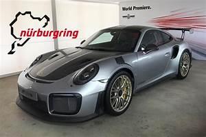 Porsche 911 Gt2 Rs 2017 : new porsche 911 gt2 rs could set blistering nurburgring laptime ~ Medecine-chirurgie-esthetiques.com Avis de Voitures
