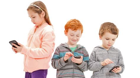 what age should a child get a phone study 53 of get a cell phone at age 6 abc13
