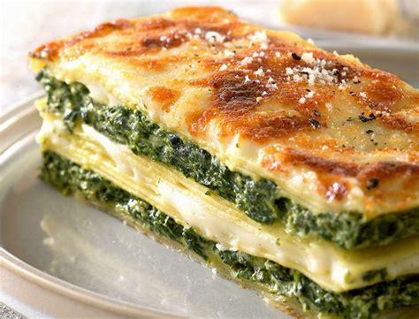 cuisiner des lasagnes gratins 40 recettes originales femme actuelle