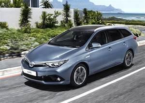 Toyota Auris Design : diskuse k l nku toyota auris 2015 modernizovan design i nab dka motor video ~ Medecine-chirurgie-esthetiques.com Avis de Voitures