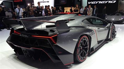 lamborghini veneno  mph  million dollar supercar