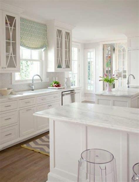 Raffrollo Für Küche  Eine Praktische Dekoration Für Die