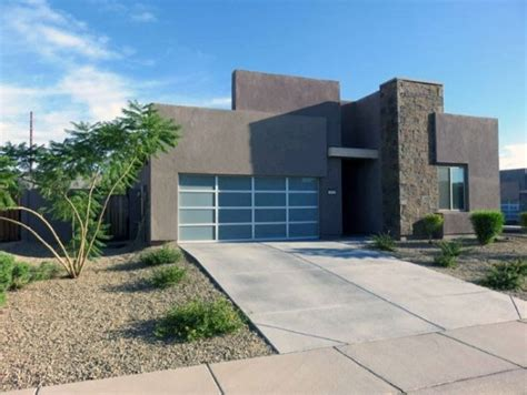 Home Driveway Design Ideas by Top 60 Best Driveway Ideas Designs Between House And Curb
