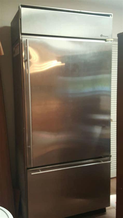ge monogram refrigerator  offer  sale  miami fl offerup