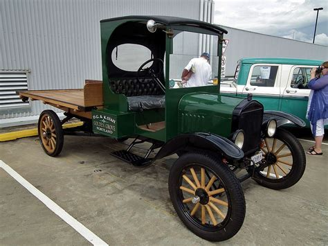 File Ford Model T Table Top Truck  Jpg