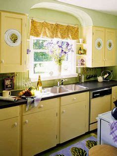 i want to paint my kitchen cabinets lemon yellow kitchen cabinets beautiful design and cabinets 9604