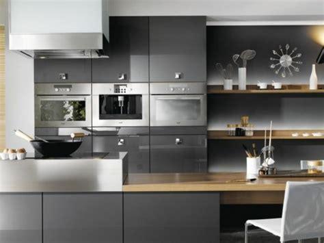 cuisine et gris cuisine gris anthracite 56 idées pour une cuisine chic