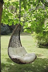 Fauteuil De Jardin Suspendu : fauteuil suspendu en 10 id es canon pour l 39 ext rieur ~ Teatrodelosmanantiales.com Idées de Décoration