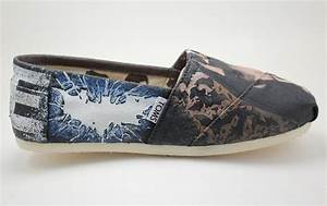 You Did Good: Custom Dark Knight Rises Painted Shoes ...
