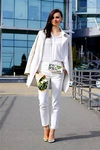 Women39s-White-Coat-White-Silk-Dress-Shirt-White-Skinny-Pants