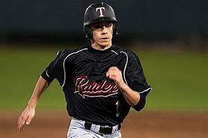 Tyler Lee Rallies Past Longview to Clinch 12th Consecutive ...