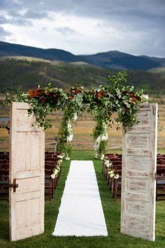 country wedding all the way hay bales and burlap cute