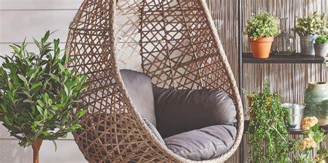 aldis bestselling hanging egg chair    weekend