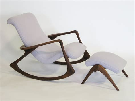 chaise a bascule design contour rocking chair and ottoman by vladimir kagan at 1stdibs