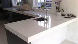 plan de travail en pierre naturelle ou en quartz With pierre pour plan de travail cuisine