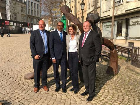 Visite à Luxembourg De Michel Sidibé, Directeur Exécutif D