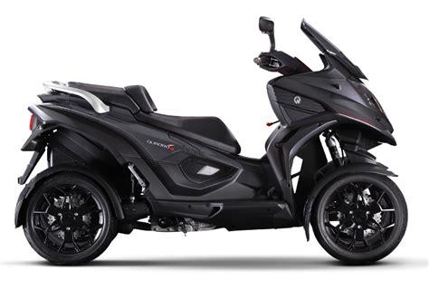 scooter  roues de la marque quadro aux cycles nicole