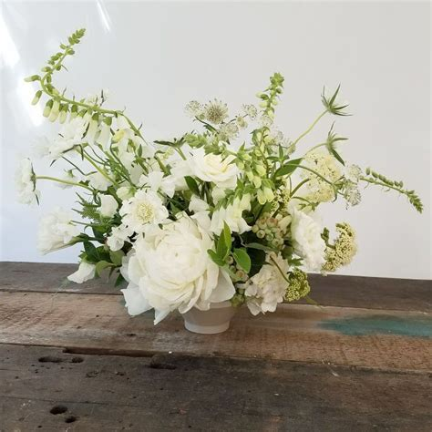 Best 20 Summer Flower Centerpieces Ideas On Pinterest