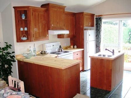 armoire de cuisine en pin meubles de salle à dîner de salle de bain et d 39 armoires