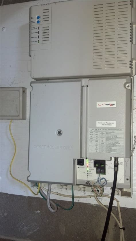red internet light on verizon router solved verizon box in my furnace room is beeping how to