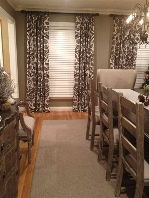 area rugs dining room living room room combo decorating