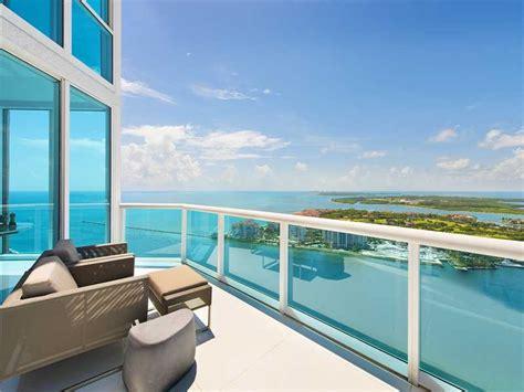 miami beach penthouses    million aria