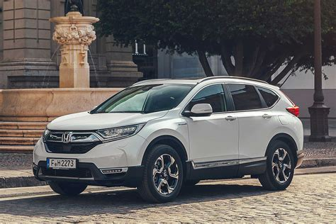 suv hybride 2019 2019 honda cr v hybrid the petrol suv that mimics a diesel motoring research