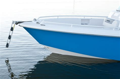 Inshore Offshore Hybrid Boats by Research 2013 Everglades Boats 223cc On Iboats