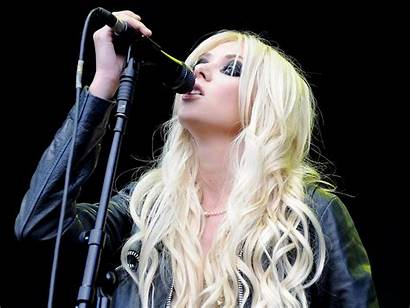 Momsen Taylor Reckless Pretty Singer Blonde Wallpapers