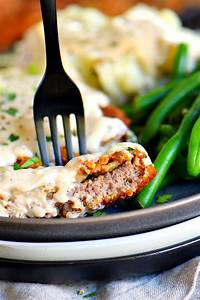 The Ultimate Chicken Fried Steak Recipe with Gravy - Mom ...  Fried