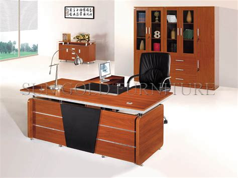 things on a ceo s desk modern wooden office executive desk office table design