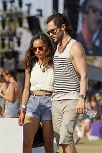 Penn Badgley and Zoe Kravitz at Coachella - Zimbio