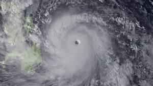 Philippines: Super Typhoon Haiyan makes landfall, UN and ...