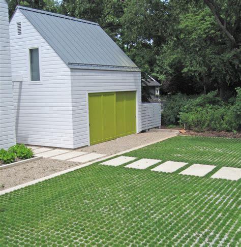 permeable driveway options kettelk kettelk landscape architecture farmhouse exterior chicago by kettelk