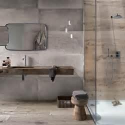 badezimmer holzfliesen die 25 besten ideen zu fliesen betonoptik auf fliesen in betonoptik fliesen in