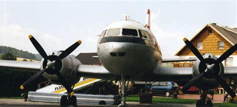 Flugzeug Im Garten  Bild & Foto Von Ma Franke Aus