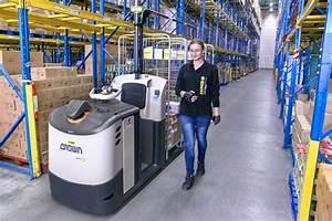 Was Macht Ein Kommissionierer : fahrerlose transportsysteme halten in logistikzentren einzug ~ Watch28wear.com Haus und Dekorationen