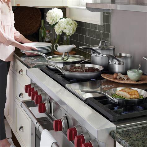 calphalon signature stainless steel  pc cookware set