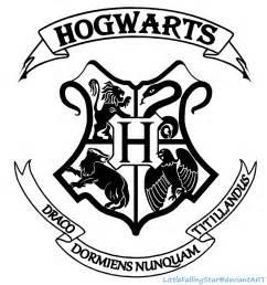 Deathly Hallows Sign Pumpkin Carving by Hogwarts Crest By Littlefallingstar On Deviantart