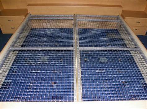 lattenrost 90 215 200 cm aus metall liegerost gitterrost f 252 r matratzen bett stroller