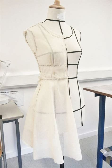 Draping Patterns - draping pattern and the stand on