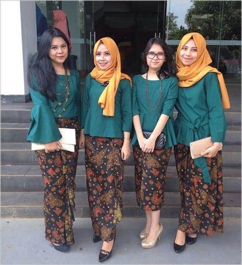 model baju batik pesta wanita muslim modern kebaya