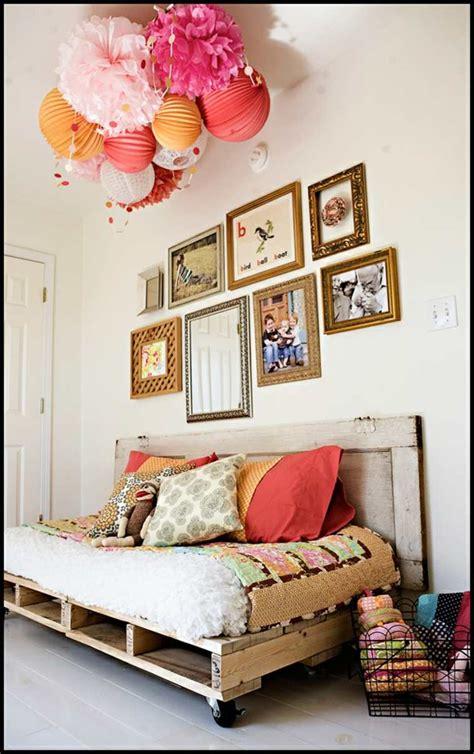 canape en palette bois meuble en palette moderne élégant et écologique