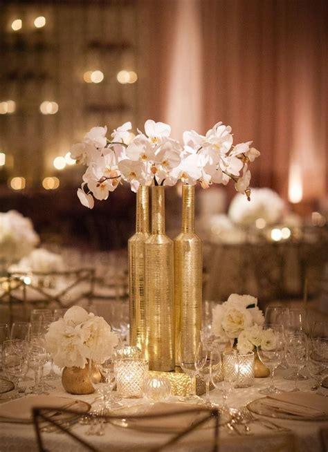 picture  exquisite gold  white wedding ideas