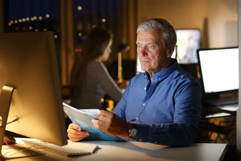 financial analyst job description salary  england