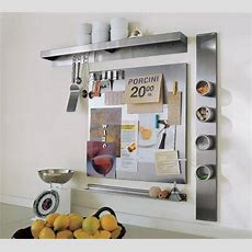 Using Wallmount Magnetic Boards To Store And Show Small